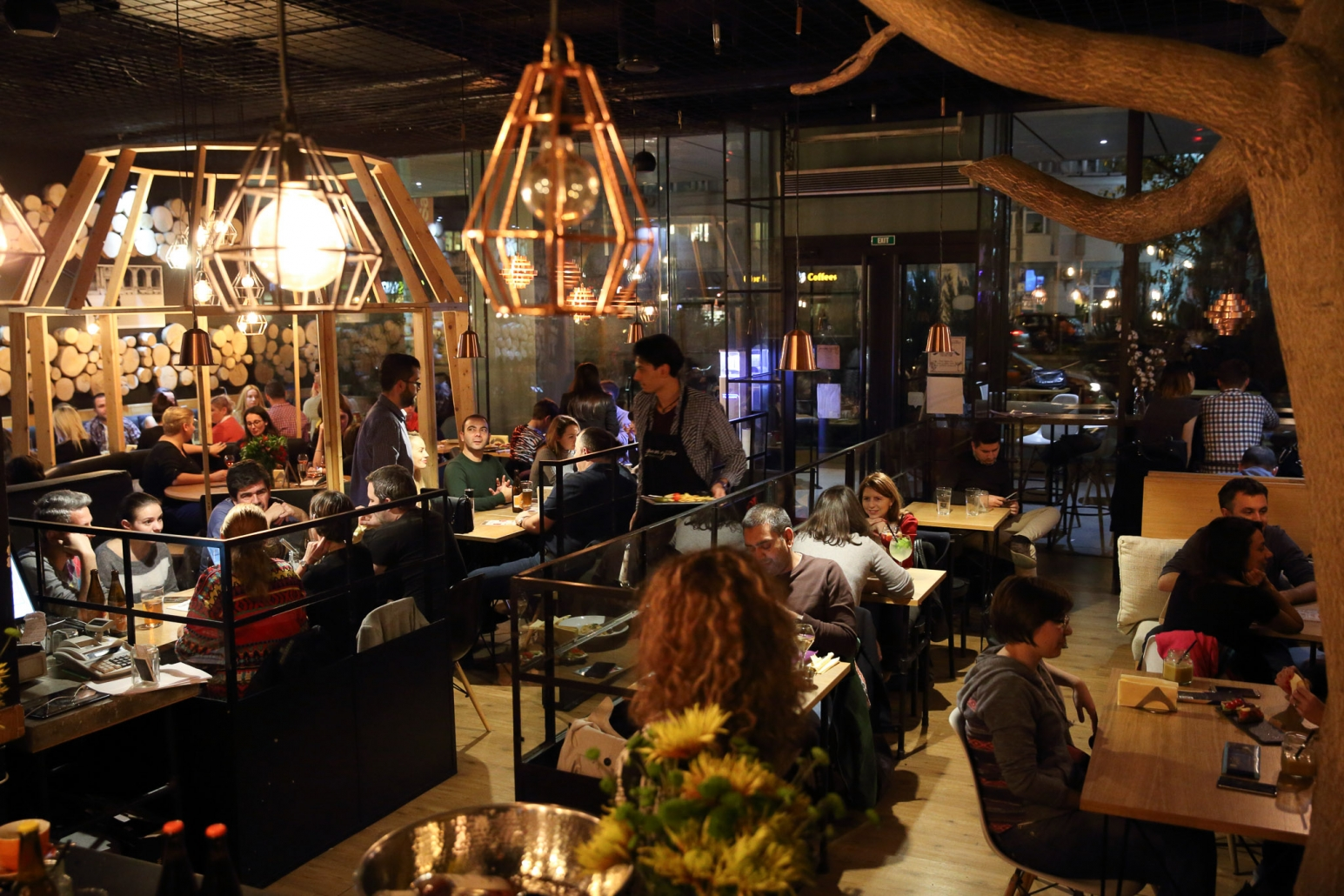 Foto interior, atmosfera, bistro, restaurant